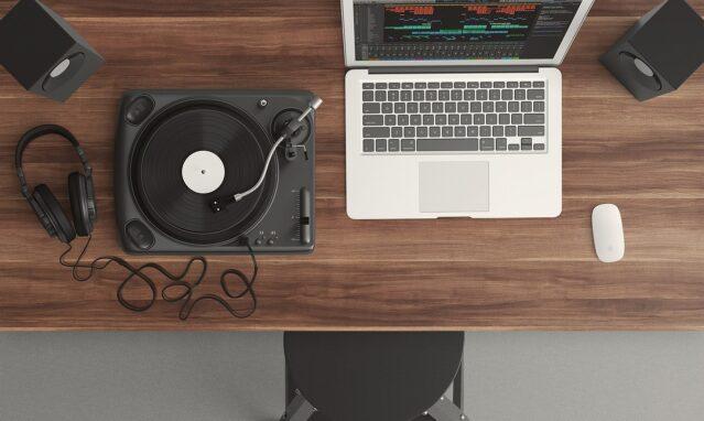 Deze webshops zijn een aanrader als je van muziek houdt